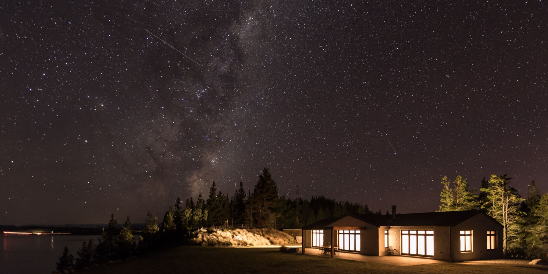 stargazing at mt cook lakeside retreat
