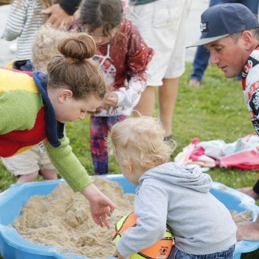 Childrens Christmas Beach Dig Mt Cook Lakeside Retreat