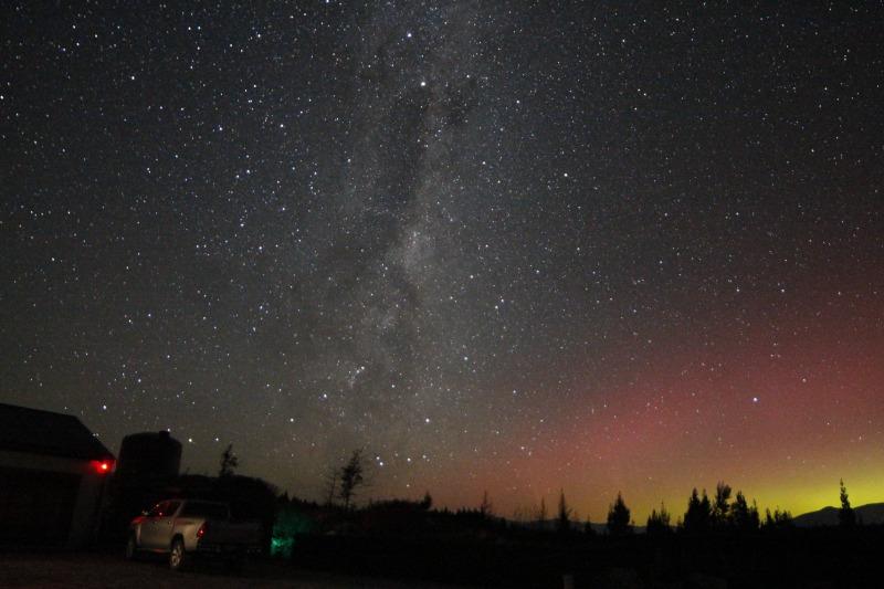 aurora australis with milky way